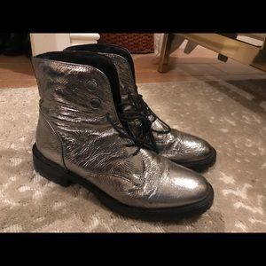 Kenneth Cole Silver Boot
